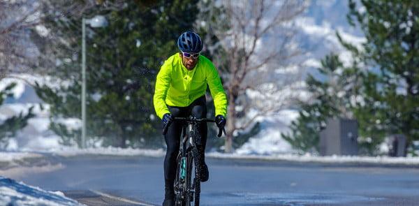 """7 """"Must haves"""" für das  Rennradtraining im Winter"""